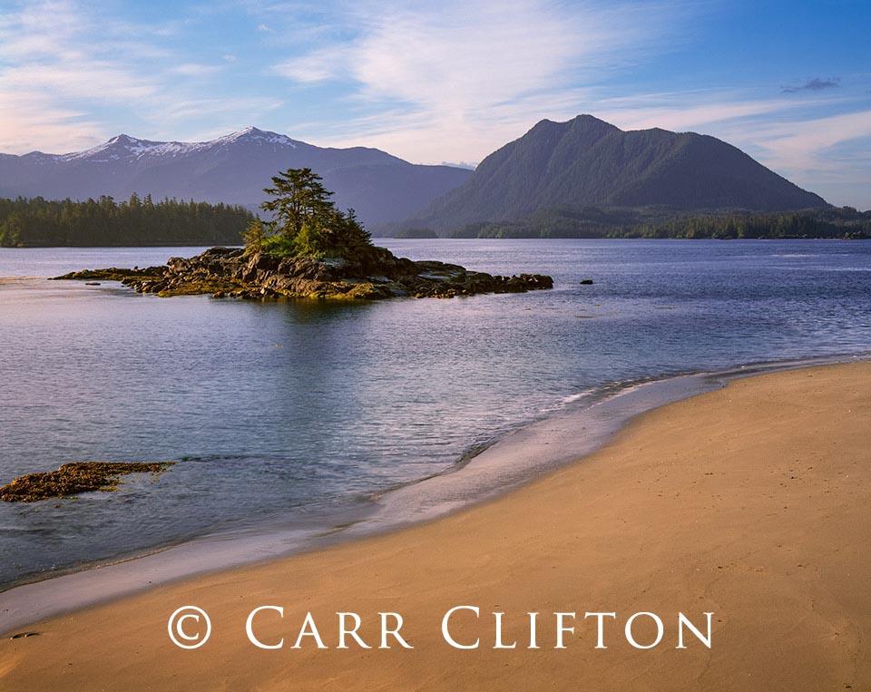 105-44-AK_copyright_carr_clifton