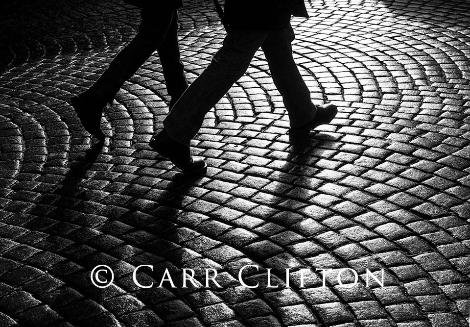116-1022-BEL_carr_clifton